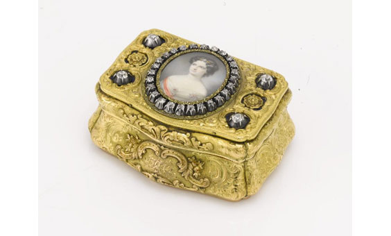 Russian Gold and Diamond-Set Presentation Snuff Box probably by Jacob Grauwinkel, St. Petersburg, 1847 (image courtesy of Sotheby's)